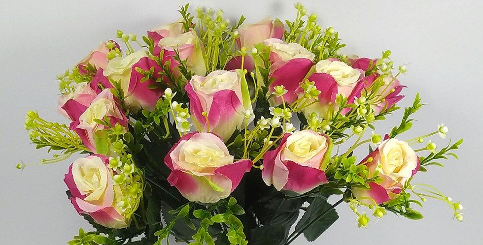 Τριαντάφυλλα μπουμπούκια  φούξιαν - Μπουκέτο