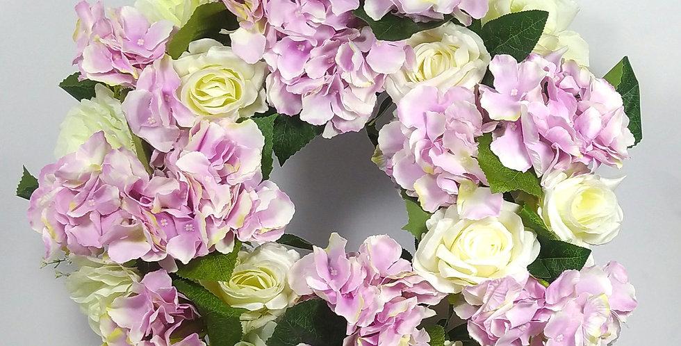 Ορτανσίες λιλά και λευκά τριαντάφυλλα - Στεφάνι