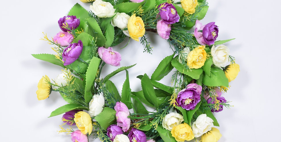 Χειροποίητο στεφάνι με τεχνητά άνθη νεραγκούλες σε ξύλινη, πλεκτή βάση.