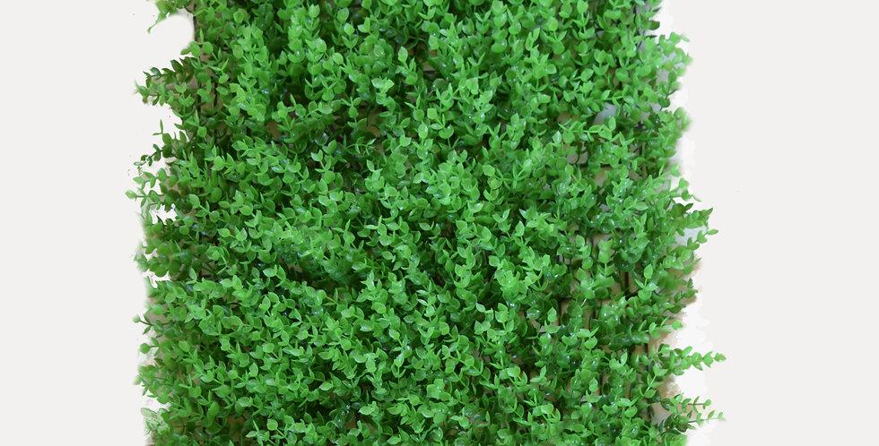 Τεχνητό γκαζόν γρασίδι σε πλακάκι σε ανοιχτήπράσινη απόχρωση. Ιδανικό για τοποθέτηση σε δάπεδο, παρτέρι, τοίχο, φράχτη. Διαθ