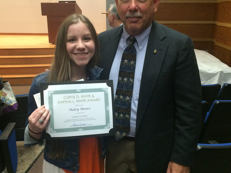 2015 JDS Scholarship Recipient Receives Award