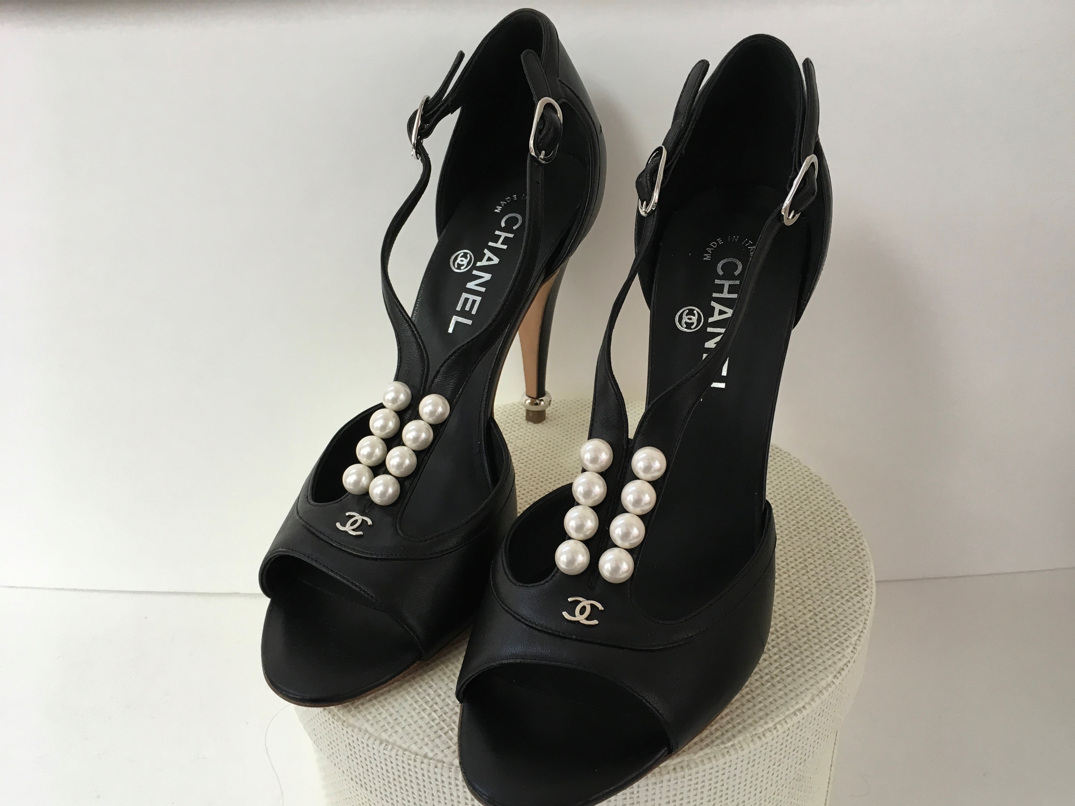 CHANEL SHOES (2)