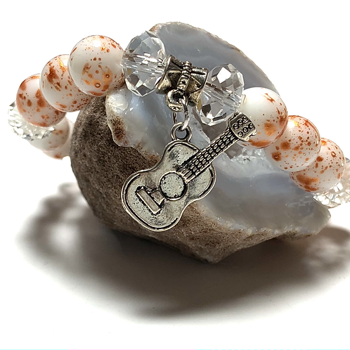 Metal guitar charm with mixed beads