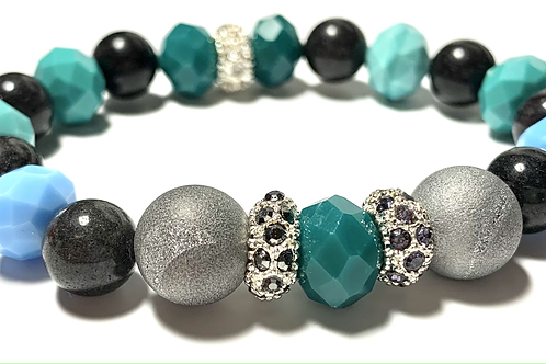 Stunning Druzy quartz stones with grey Jade and mixed blue toned beads
