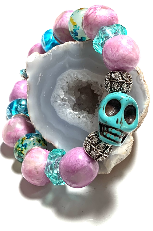 Chunky Healing agate with large turquoise Skull and rhinestone connectors