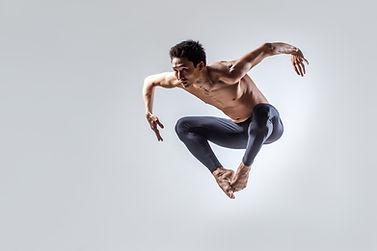 Springen Tänzer