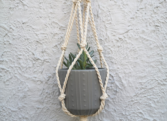 Plant Hanger : Mamta (medium) White