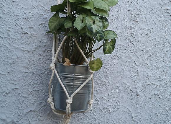 Plant Hanger : Mamta (large) White