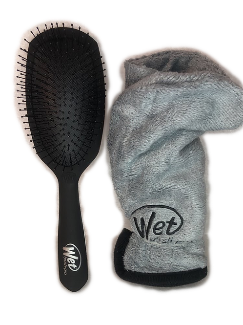 Wet Brush With Hair Towel
