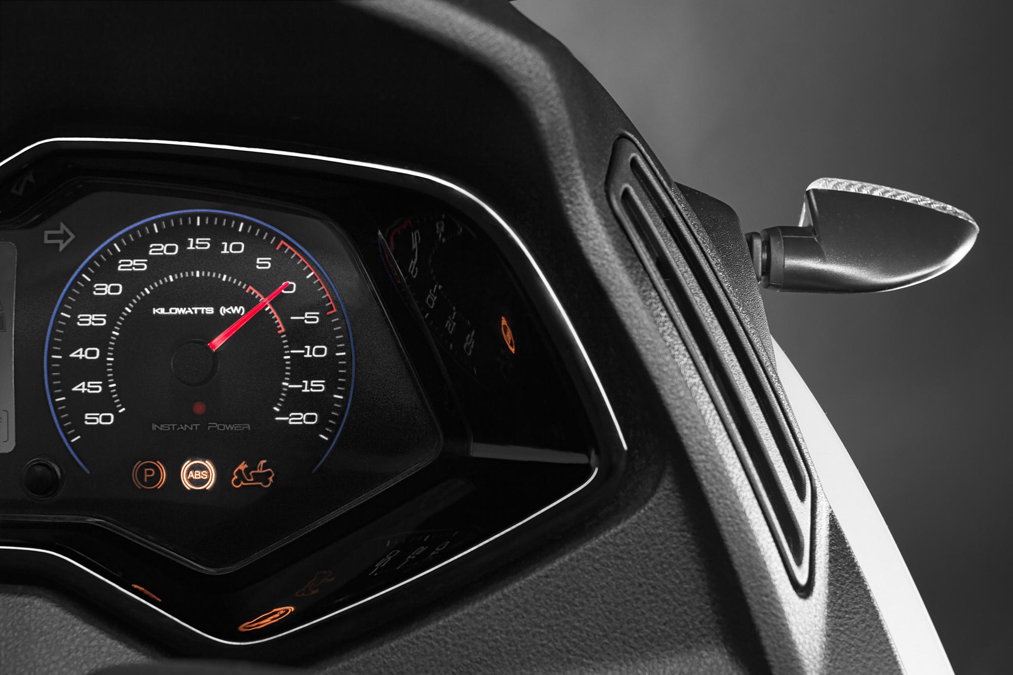 Peugeot-arva_005