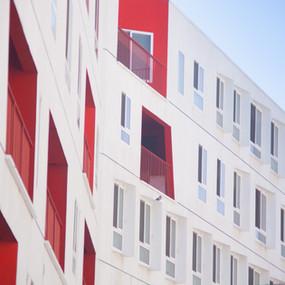 Quels sont les avantages de la location meublée dans une résidence services ?