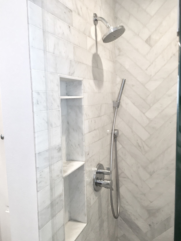 ... Tile Is Laid At 90 Degree To The Tile Next To It, Creating What The  Experts Refer To As A U201cfish Boneu201d Pattern That Also Resembles A Set Of  Arrows Or ...