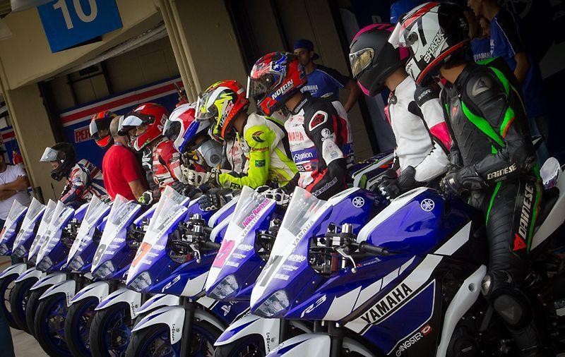 Equipe Playstation Yamaha Racing