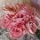 Thumbnail: Roses en papier couleur rose framboise poudré