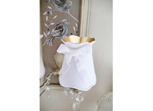 Abat-jour gustavien en drap blanc