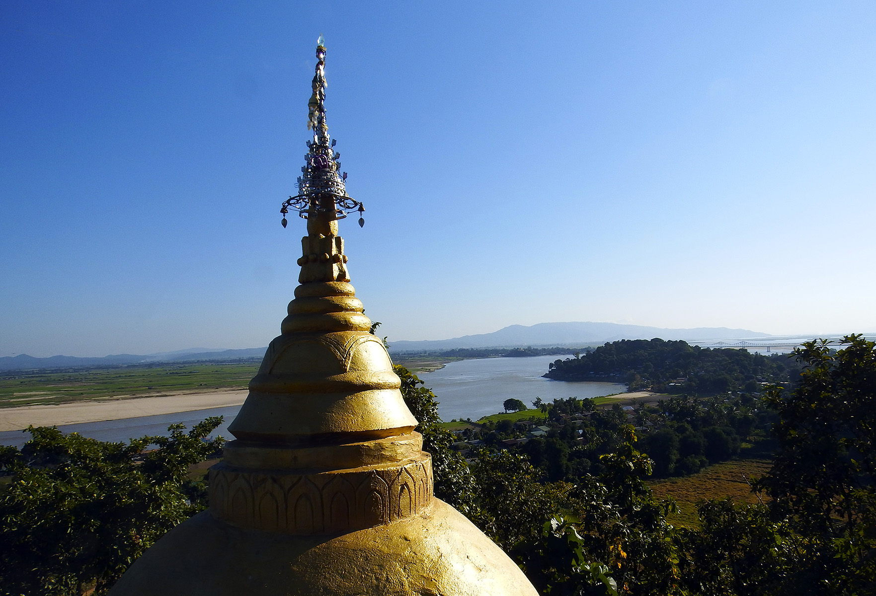 The Irrawaddy river from Tigyang