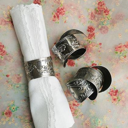 Ronds de serviette en métal argenté