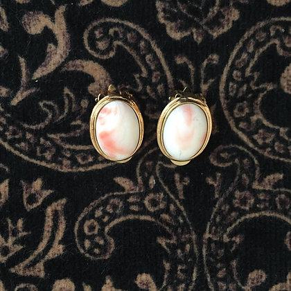 Boucles d'oreilles à clip en porcelaine