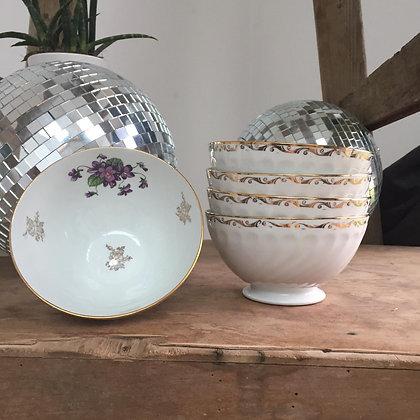5 bols en porcelaines d'art