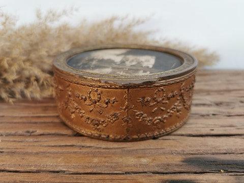 Boîte ronde en bronze