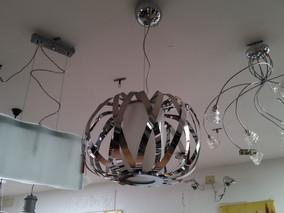 Per rinnovo locali SVENDITA LAMPADARI IN ESPOSIZONE