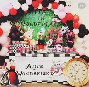 Alice In Wonderland Doğum günü teması