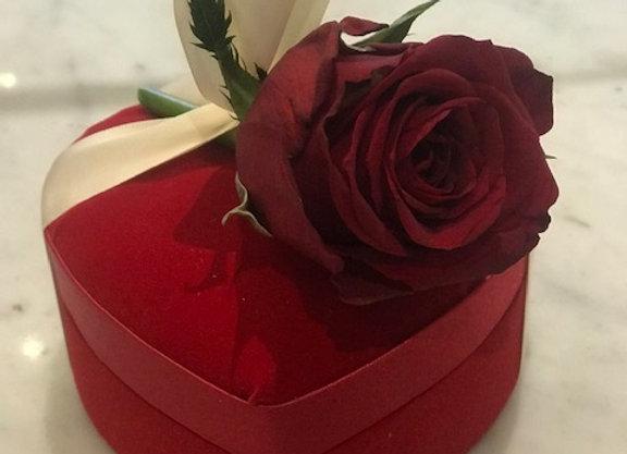 Luxury Red Velvet Heart-shaped Assorted Chocolate Valentine Gift Box