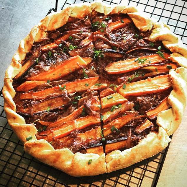 Carrot and caramelized onion galette