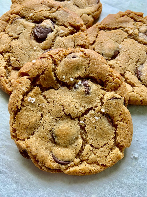 Chocolate Chip Cookie BAKED FRESH