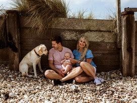 fun in the sun // family photoshoot at west wittering, west sussex