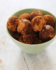 Raw chocolate balls _#energyballs #kidsh