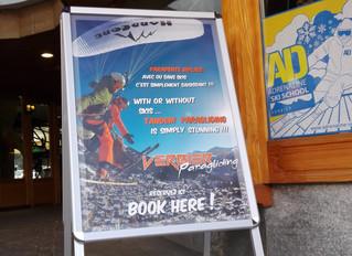 New Verbier Paragliding sign. Nouvelle pancarte Verbier Paragliding.