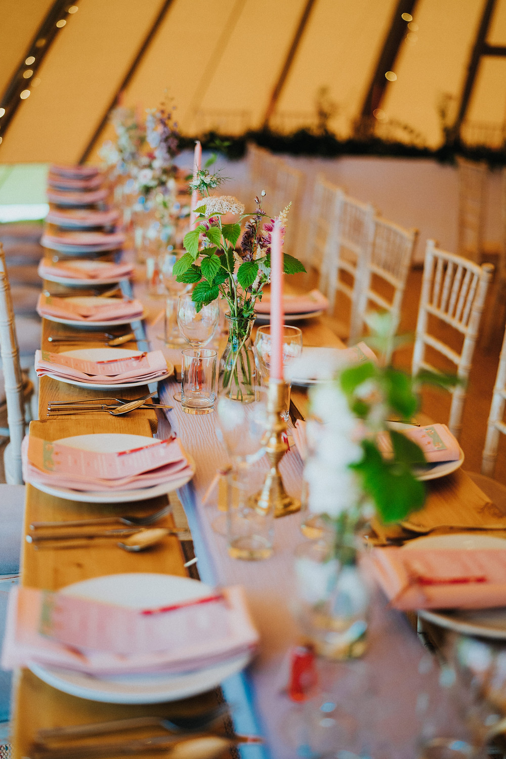Tipi wedding table decoration and inspiration