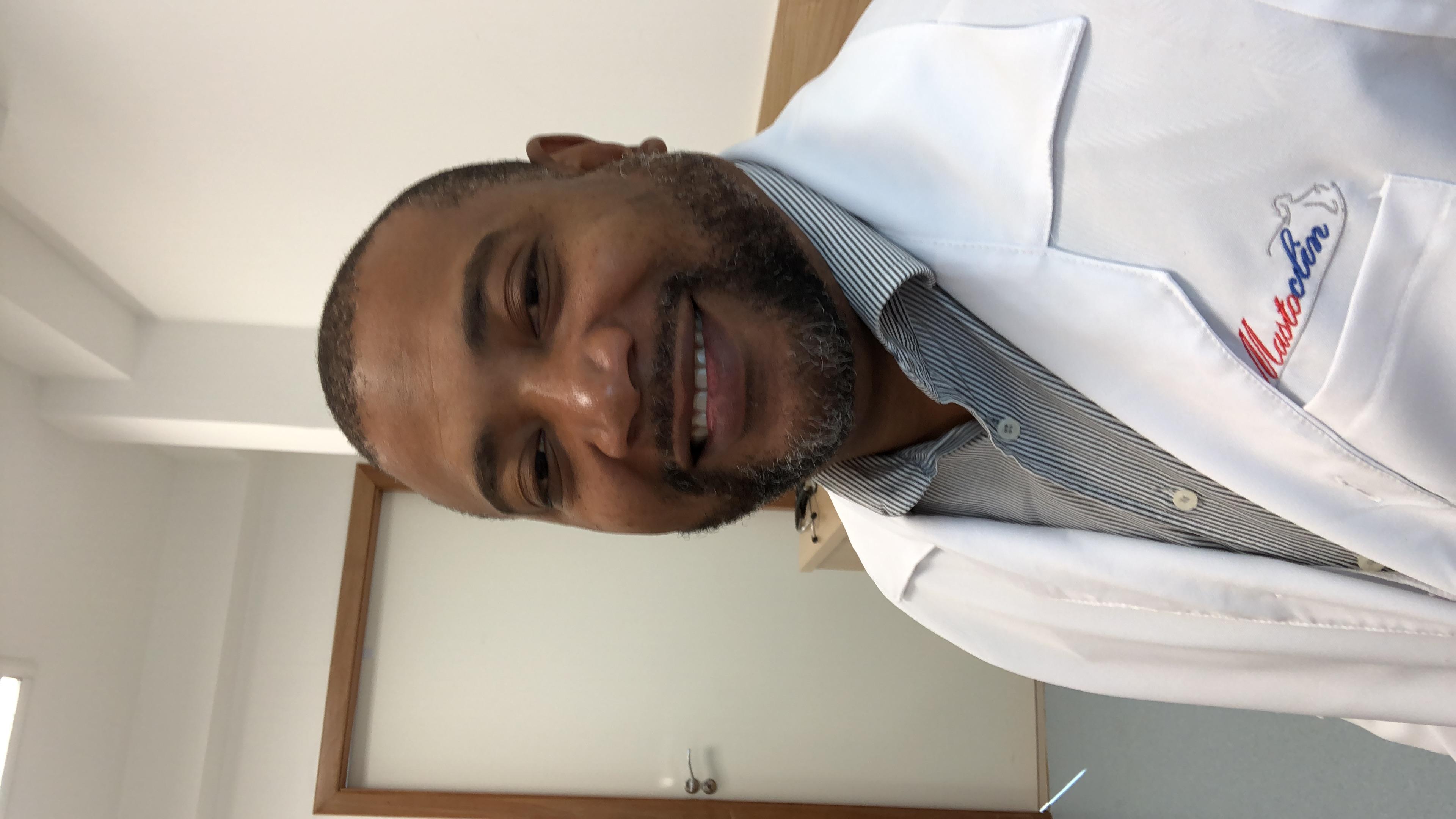Dr. Sidney Rogério