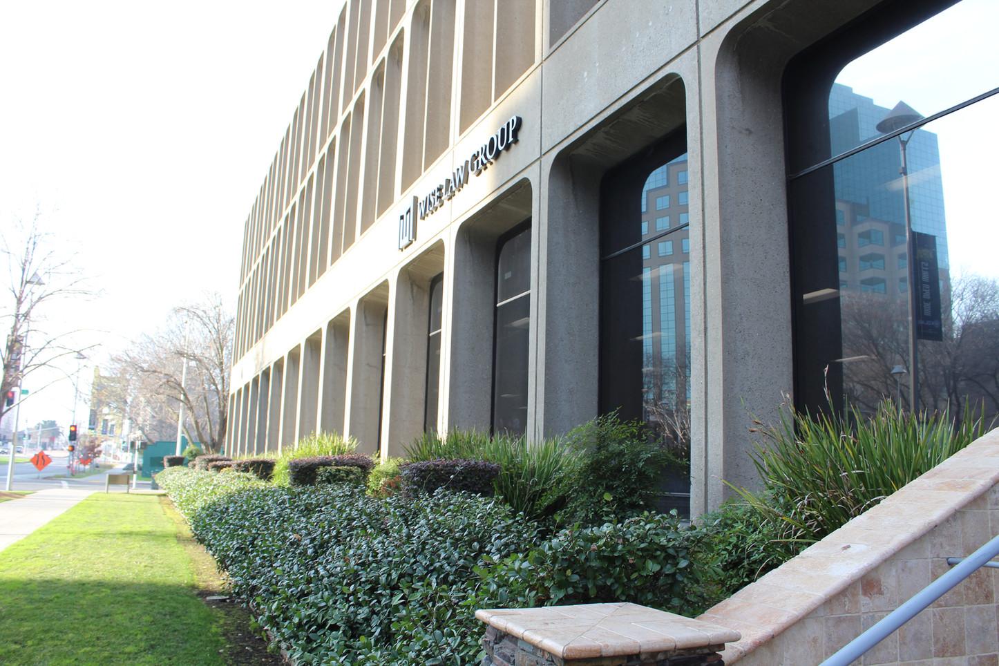 Cap Mall exterior of Suite 100.JPG