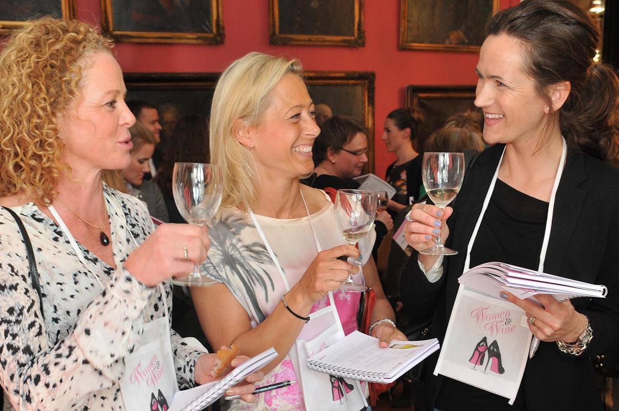 Women&Wine_damer