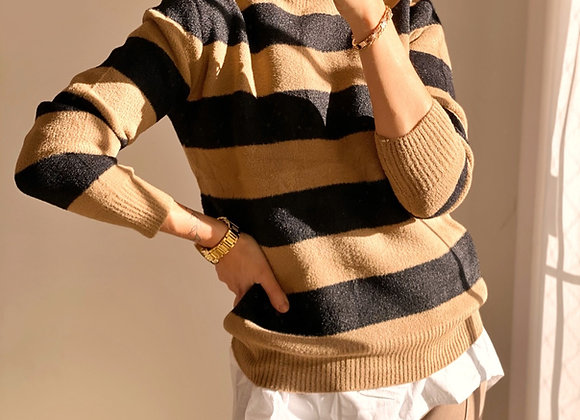 SWEATER THE ONE