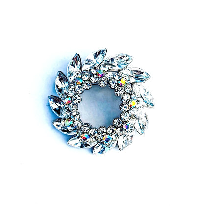Wreath Style Brooch crystal clear B3
