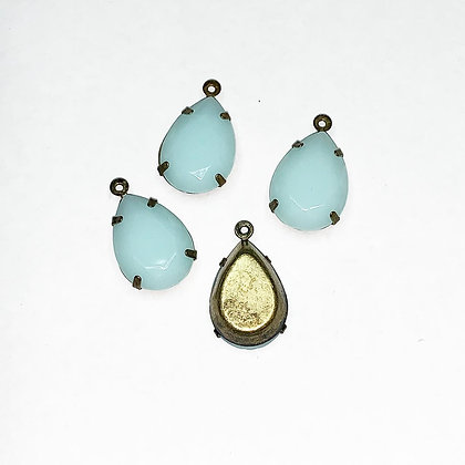 5 x Turquoise resin tear drops