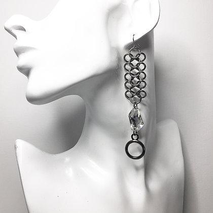 Irregular Swarovski Crystal on ChainMail E26