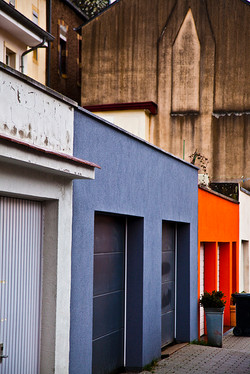 Luxembourg garages