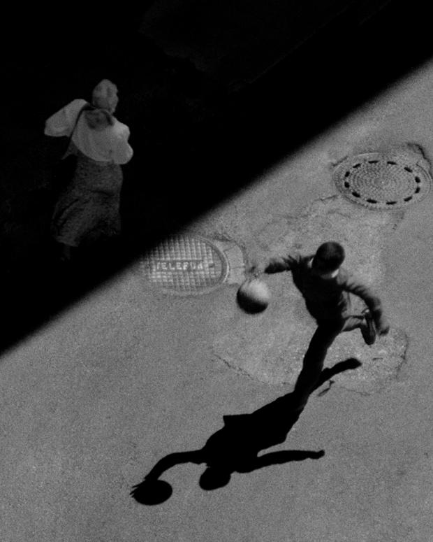 Boy & Ball, Istanbul