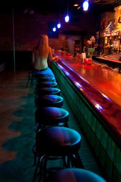 Nighthawk at the Bar:Ode to Edward Hopper