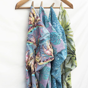 Watercolour high-waisted legging pattern