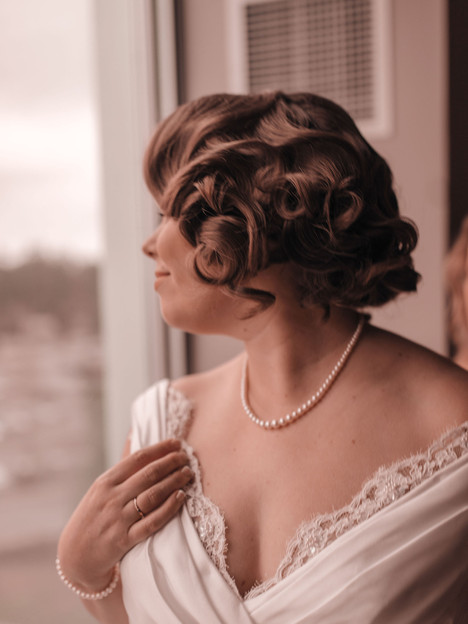 Vintage inspired hairstyle for Katie