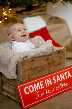Christmas baby portrait pose