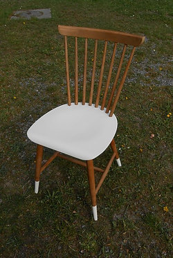 Chaise retro vintage 'Courrèges'