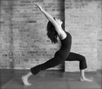 yoga 101 lunge.jpg