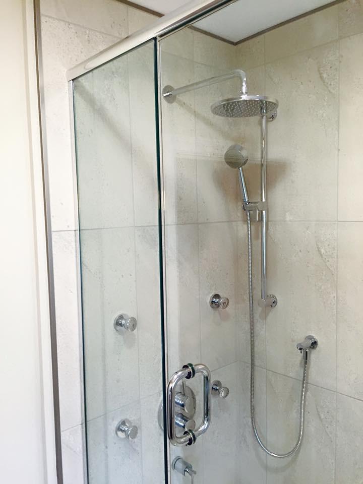 Shower_14.jpg