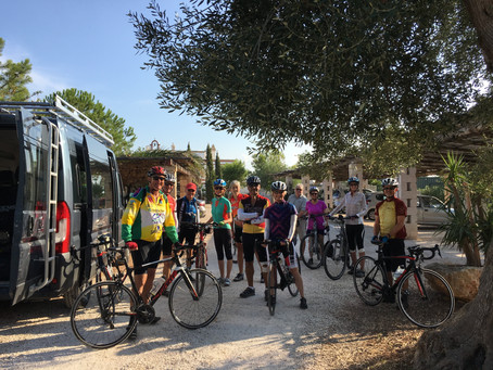 WHAT MAKES A GUIDED BIKE TOUR GREAT FOR YOUR CLIENTS?